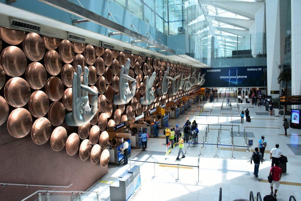 Tác phẩm Mỹ Thuật Đô Thị tại sân bay Ấn Độ  HỘI THẢO TƯ VẤN TUYỂN SINH NGÀNH MỸ THUẬT ĐÔ THỊ nganh my thuat do thi 1024x682
