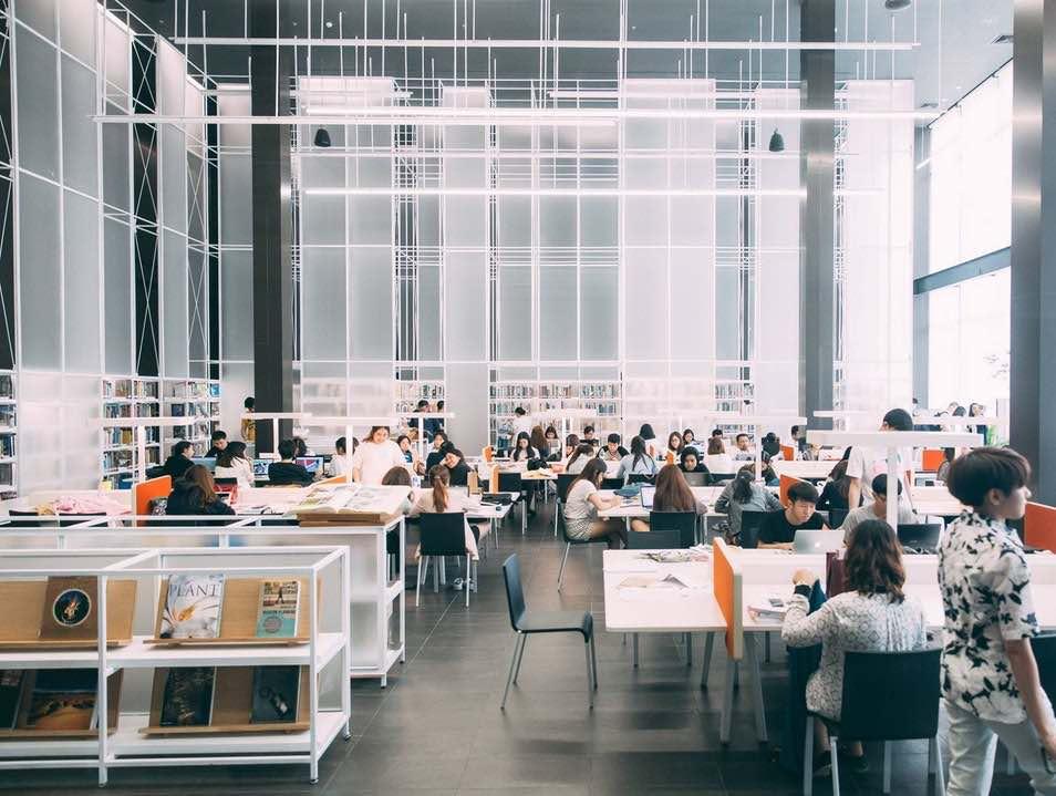 Khu vực đọc sách, Thailand Creative & Design Center by Department of Architecture Co. in Bangkok  CÁC CÔNG TRÌNH THIẾT KẾ NỘI THẤT ẤN TƯỢNG NĂM 2017 Khu v   c      c s  ch Thailand Creative Design Center by Department of Architecture Co