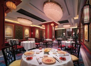 Michelin_two-starred_Shang_Palace_main_dining_hall
