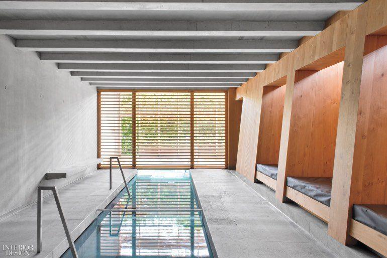 Spa des Saules by Jouin Manku in Illhaeusern, France. Photography by Nicolas Mathéus.  CÁC CÔNG TRÌNH THIẾT KẾ NỘI THẤT ẤN TƯỢNG NĂM 2017 jouin manku spas des saules indoor pool 1217