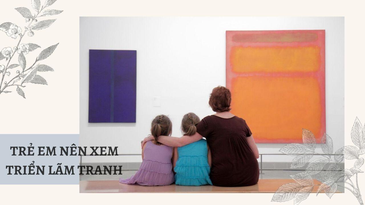 Trẻ em xem triển lãm tranh