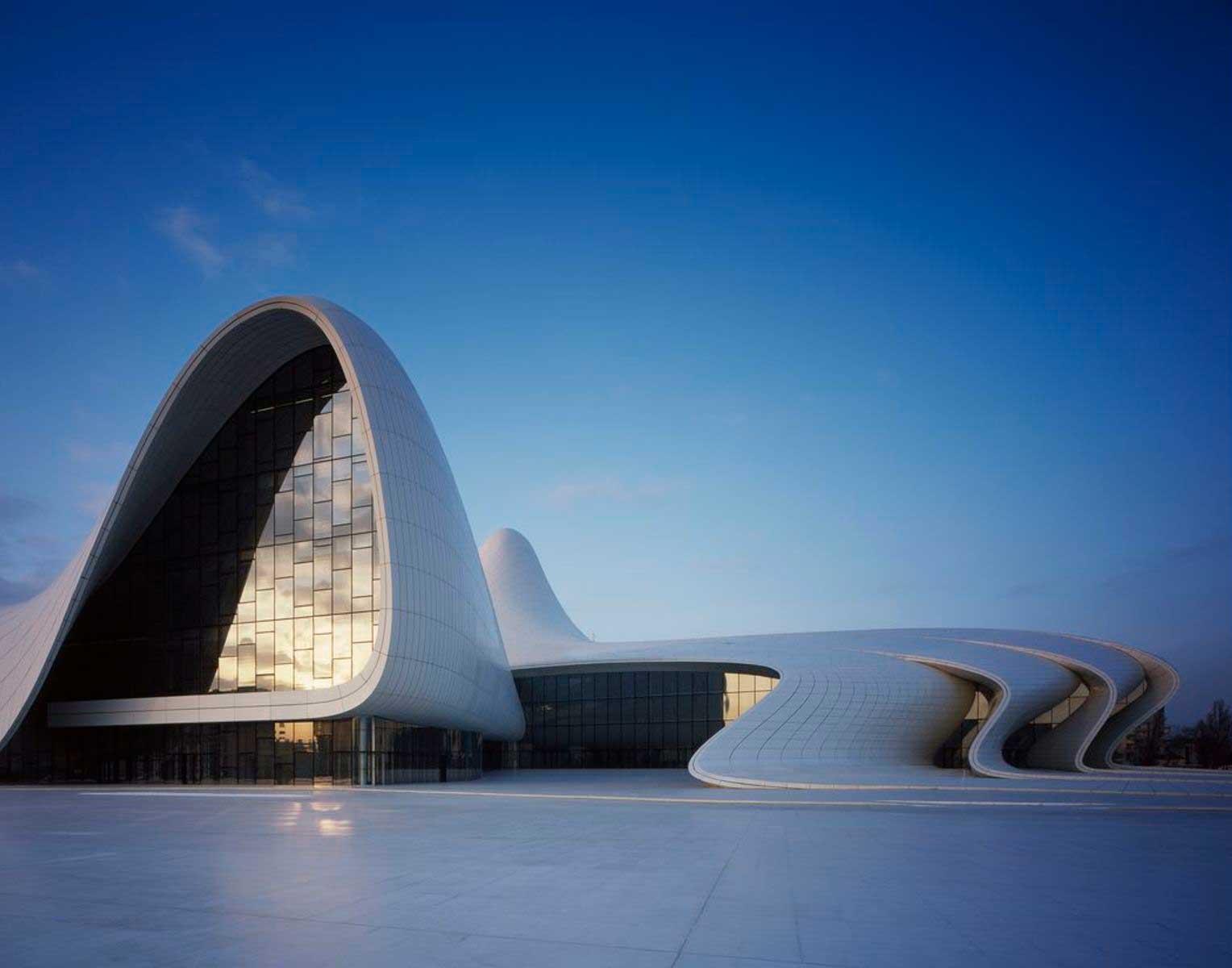 zaha-hadid-heydar-aliyev-center-in-baku  ZAHA HADID HUYỀN THOẠI VỀ NHỮNG ĐƯỜNG CONG KIẾN TRÚC 16 zaha hadid heydar aliyev center in baku full