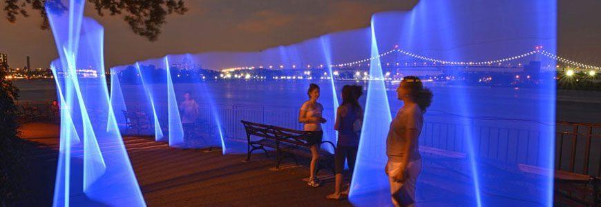 New York – East River Flows  CƠ HỘI VIỆC LÀM NGÀNH MỸ THUẬT ĐÔ THỊ New York     East River Flows