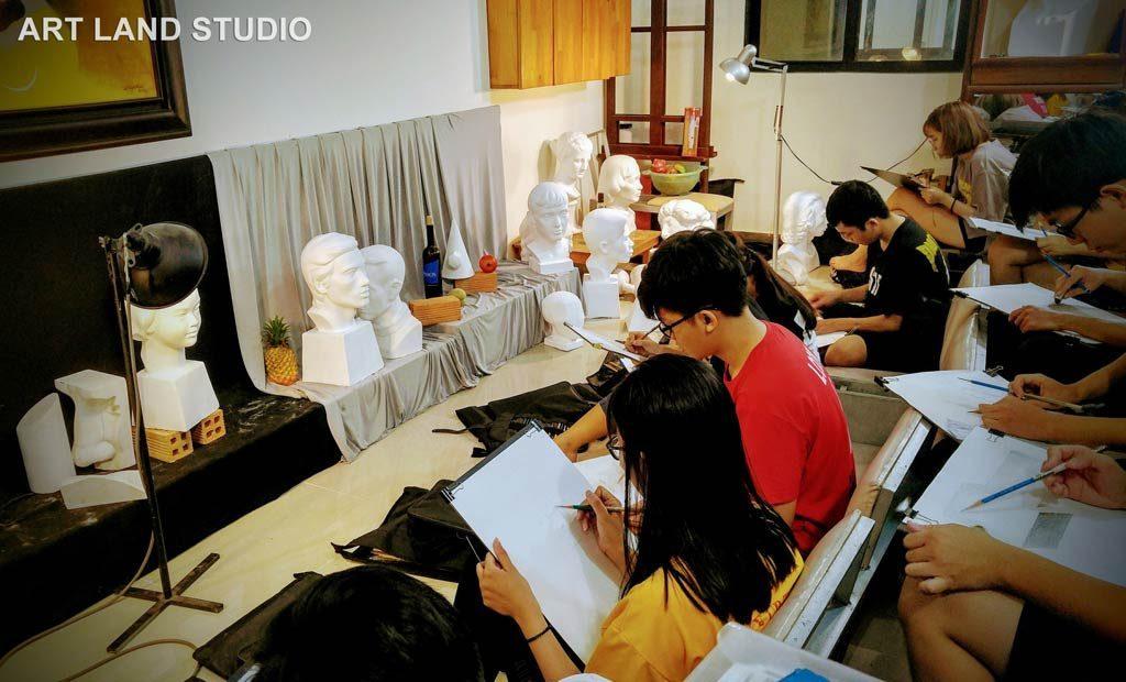 lớp học vẽ cho trẻ em