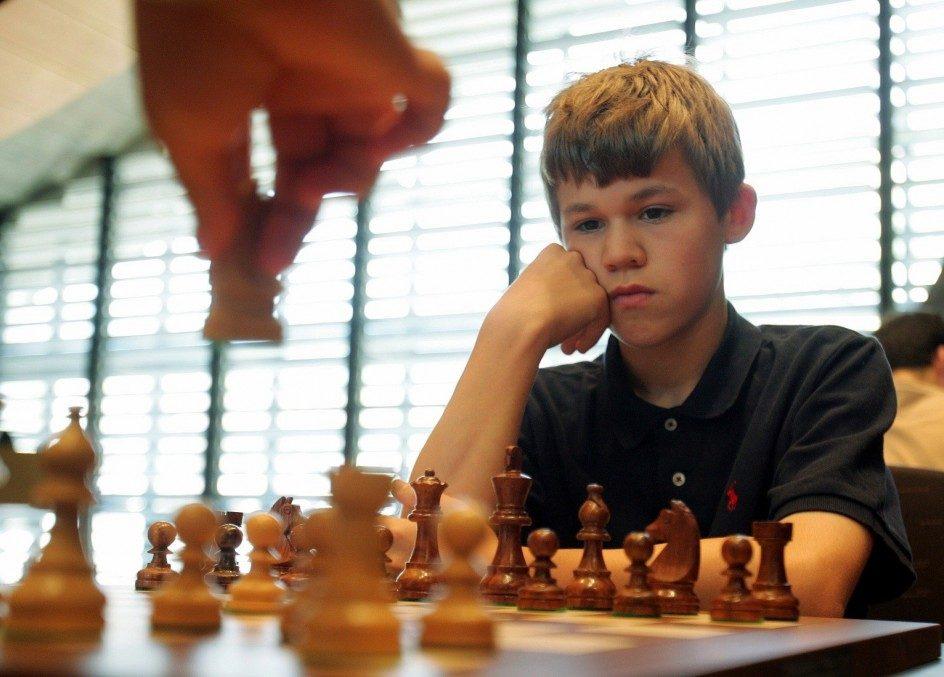 Cờ vua cho trẻ con  Trẻ em học cờ vua có lợi ích gì? 198468 944 677