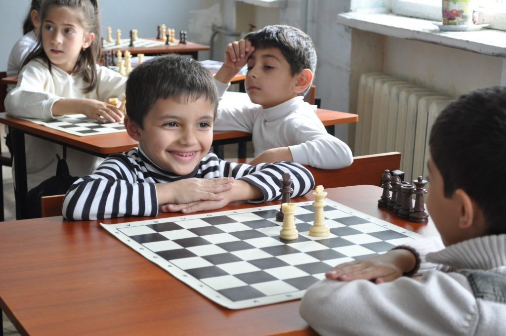 Cơ vua mang lại nhiều lợi ích  Cờ vua giúp nâng cao đời sống của trẻ. chess pic 10 1024x680