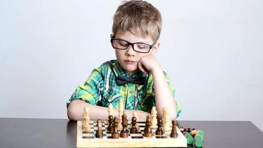 Dạy cờ vua cho trẻ em  Bí mật về bàn cờ vua. memory of kids