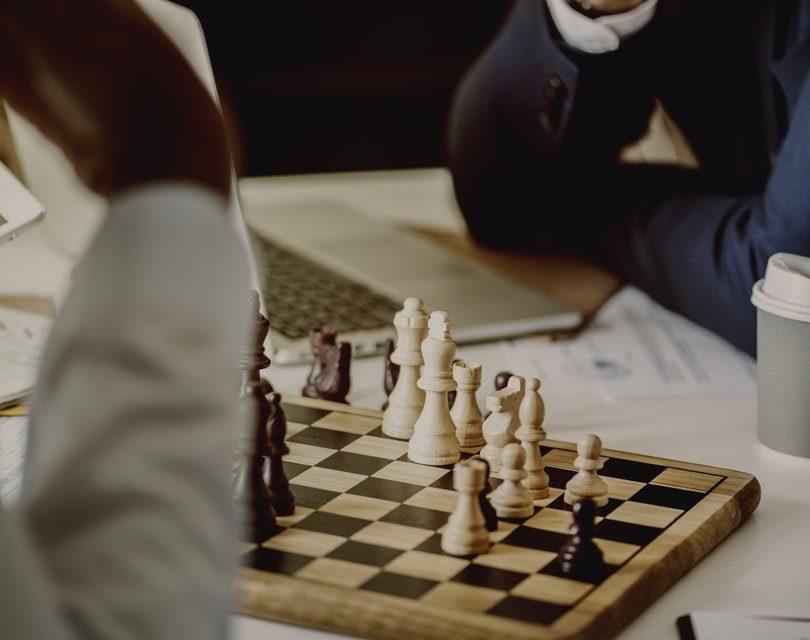 Có phải trẻ em nào cũng có thể chơi cờ vua? pexels photo 889082